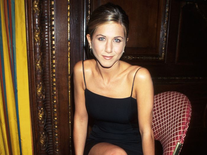 Happy 50th Birthday Jennifer Aniston – recreate 10 of the actresses most iconic looks!